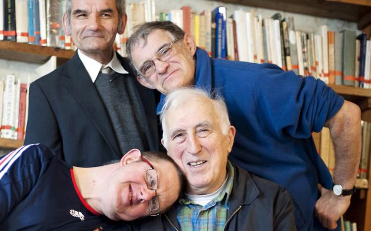 Jean Vanier (1928 – 2019): diversos testemunhos e artigos em português